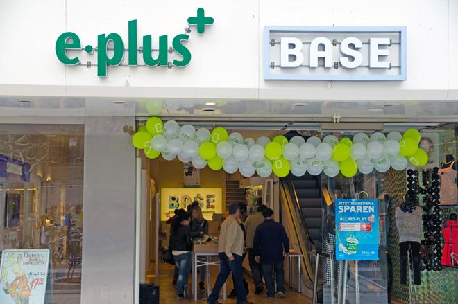 Base & E-Plus Zeil 2